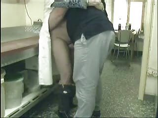 ooohhh mummy ! you really desperate !! hidden cam