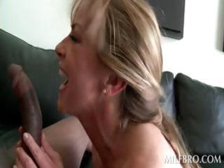 lady acquires quim nailed by ebony penis