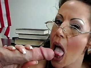 awesome lady anjelica lauren gets inside a giant