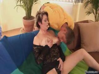 huge bossom mature bitch enjoys it hardcore