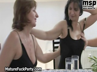 slutty cougar and fat bitches suck, lick part4