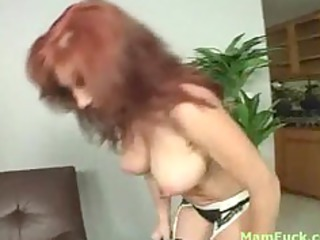 gorgeous redhead mom exposes booty daughter how