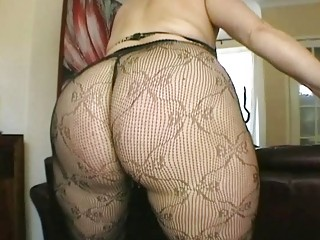 large arse brunette lady fresh into gorgeous