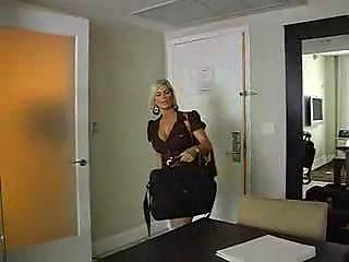 pale lady has fuck with amateur man