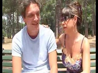 italian naughty woman saylor eyes in a threesome