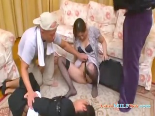 lady rapped by 2 dudes inside front of her