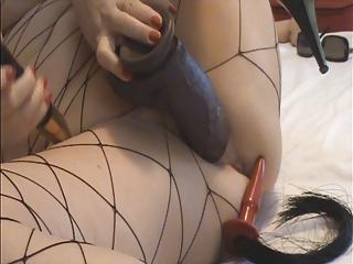 troia italiana matura si masturba e si dilata la