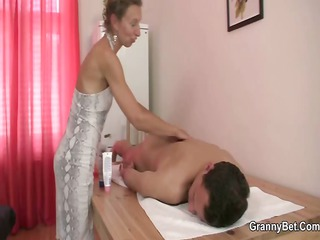 old masseuse acquires her hairy hole nailed