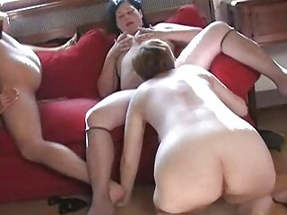 some older  chicks making dike fuck