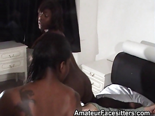 2 ebony whores facesit grandpa