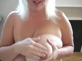 cougar please with her huge boobs