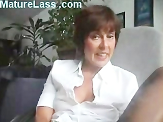 sweet european cougar talks horny and spreads