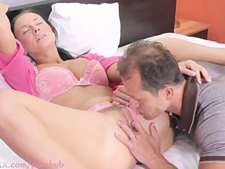 woman hd desperate wife needs her kitty licked