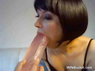 housewife with her vibrator on webcam