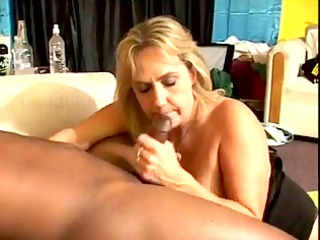 55yr old ashen old wanda enjoys to engulf and