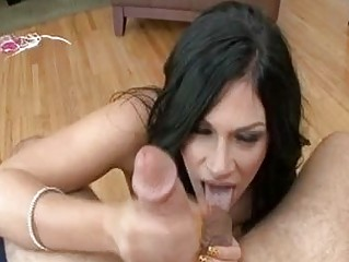 lean balls tasting brunette lady with pure tits