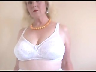 older busty lady into nylons and awesome slither
